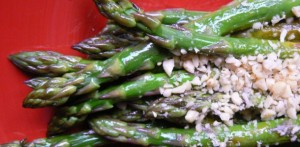 asparagus-with-pine-nuts